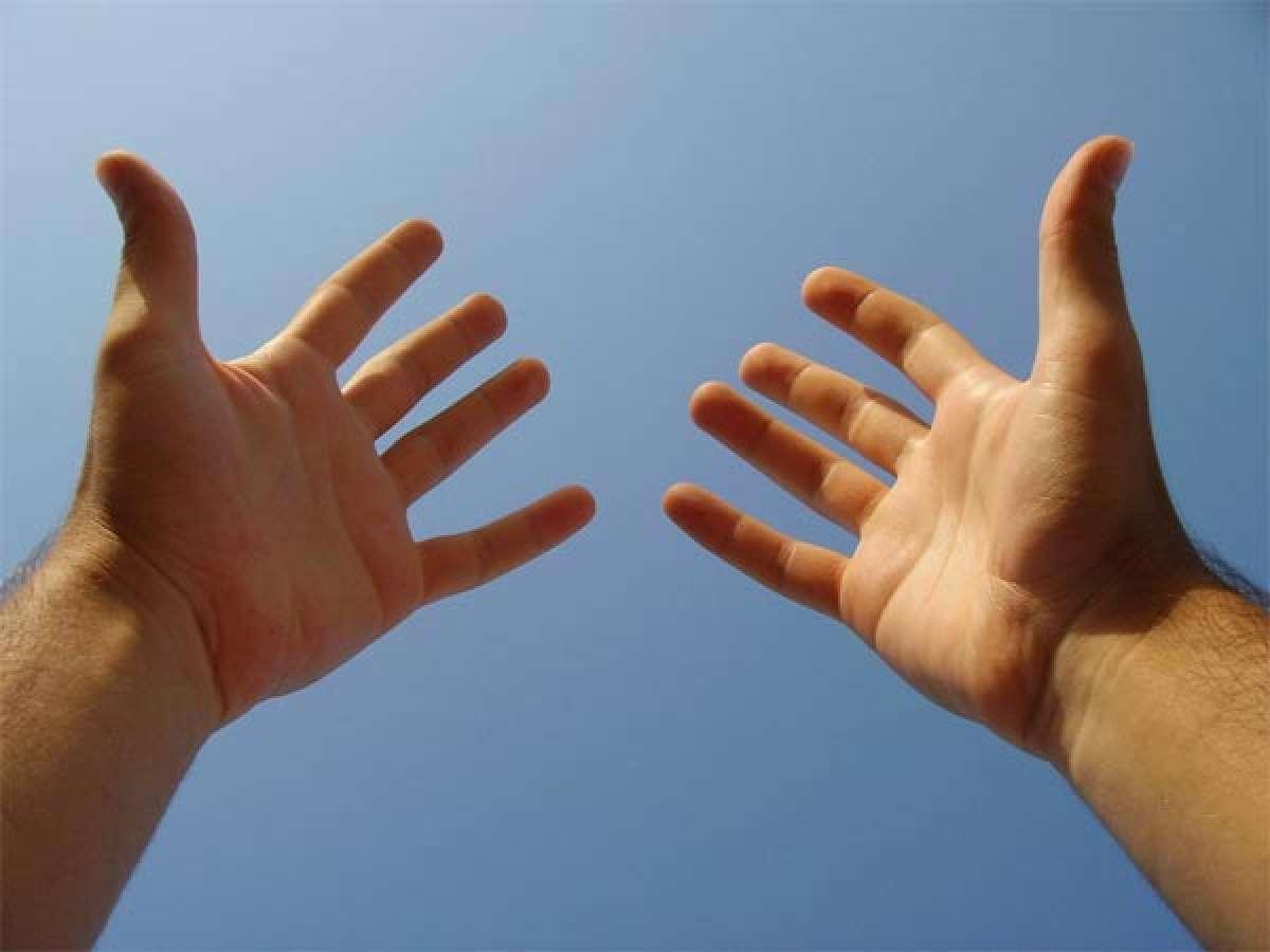 Dos estiramientos de dedos para evitar lesiones en las manos