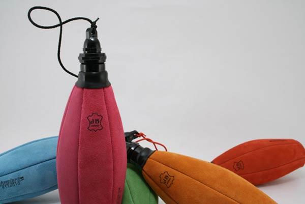 H2O. Una bota de vino convertida a bidón de hidratación, o viceversa