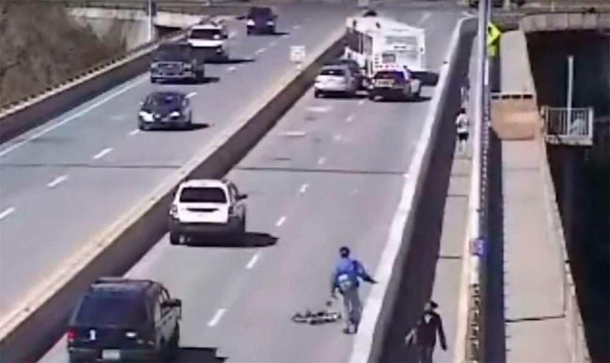 Un ciclista atropellado, un coche a la fuga y un conductor de autobús ejemplar