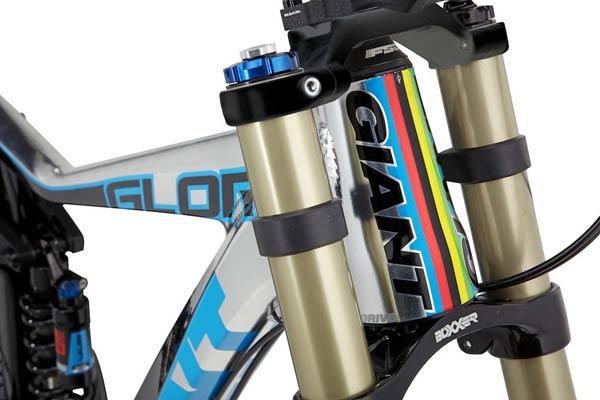 La nueva Giant Glory de 2013. La bicicleta de Danny Hart a nuestra disposición