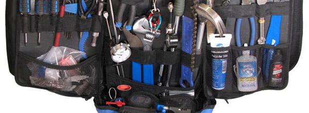 Las herramientas básicas que cualquier aficionado a la mecánica de bicicletas debería tener