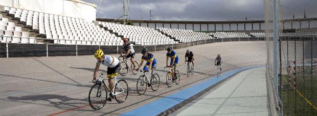 Video: 'Imparables', la emotiva historia de un grupo de ciclistas increíbles