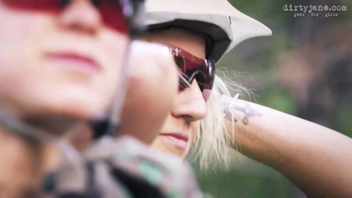 Video: Practicando Mountain Bike en Oregón (USA) con Jenny Konway y Carolynn Romaine