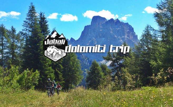 Video: Jabalí Enduro Crew, dejando huella en las impresionantes montañas Dolomitas (Alpes, Italia)