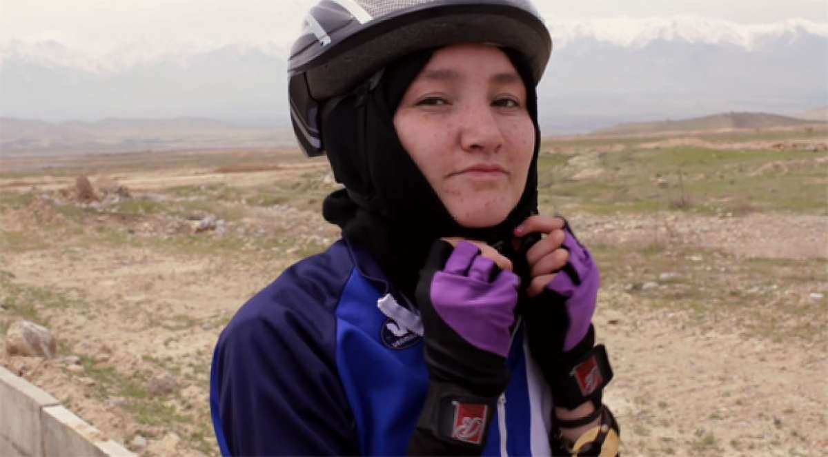"Video: ""Afghan Cycles"", un documental sobre el Equipo Nacional de Ciclismo Femenino de Afganistán"