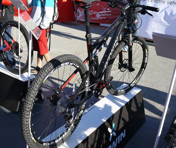 Nuevas bicicletas de 27.5 pulgadas para el catálogo 2014 de B'Twin