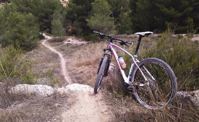 La foto del día en TodoMountainBike: 'Rodando en La Manchuela (Albacete, España)'