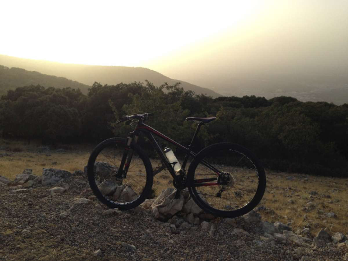 """La foto del día en TodoMountainBike: """"Atardecer en Sierra Mágina (Jaén)"""""""