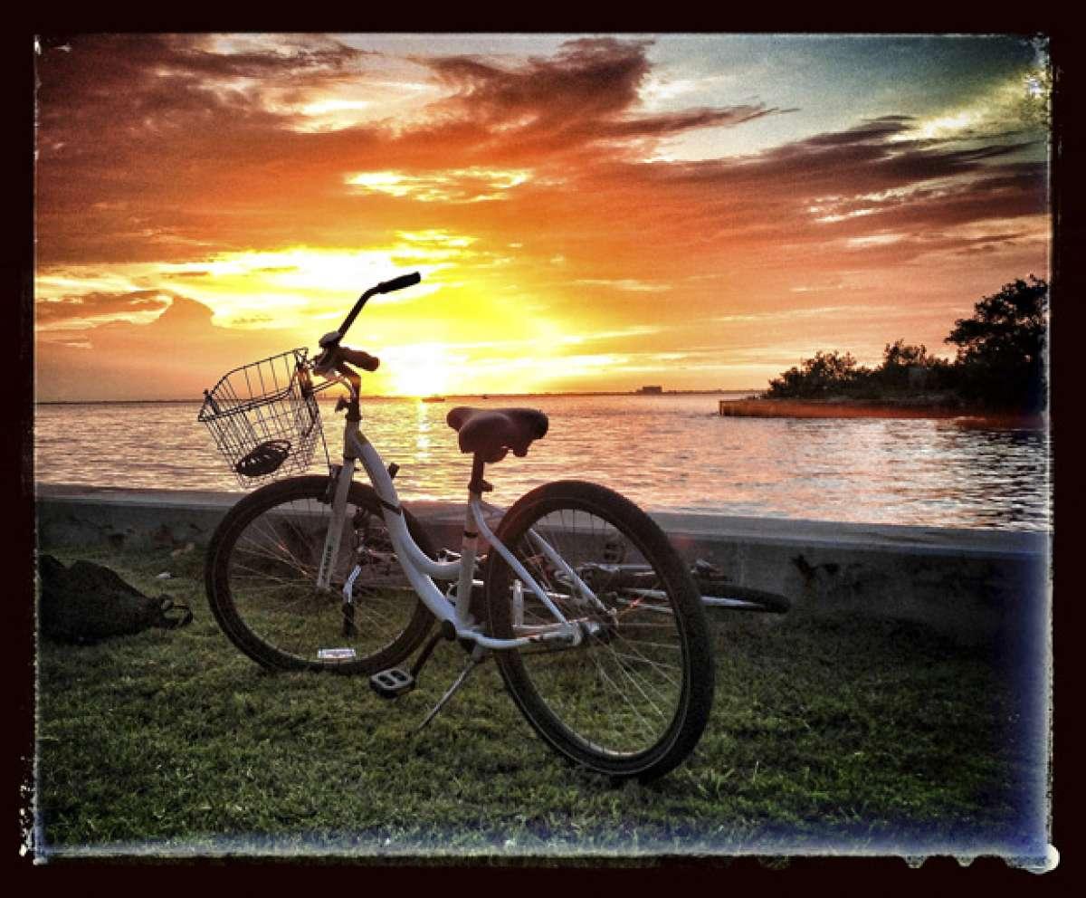 La foto del día en TodoMountainBike: 'Desde Cayo Vizcaíno (Miami)'