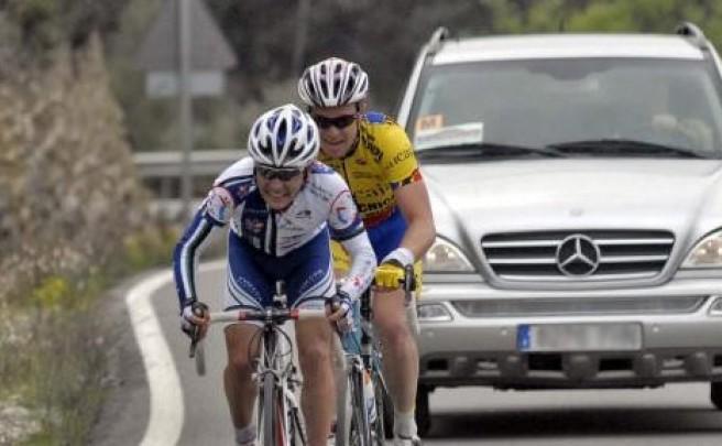 Video: Cómo adelantar a los ciclistas en la carretera, explicado por un simpático camionero