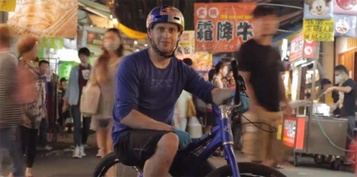 Video: Danny Macaskill rodando por las pintorescas calles de Taichung (Taiwan, China)
