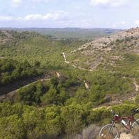 La foto del día en TodoMountainBike: 'Descenso de las antenas del Embalse de Santomera (Murcia)'