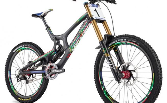 Nueva e impresionante edición limitada para la Santa Cruz V10 Carbon