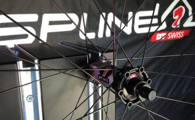 Spline ONE, nuevo diseño y muchos menos gramos en las ruedas tope de gama de DT Swiss