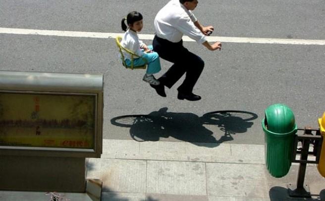 Arte y bicicletas: Las bicicletas invisibles del fotógrafo Zhao Huasen