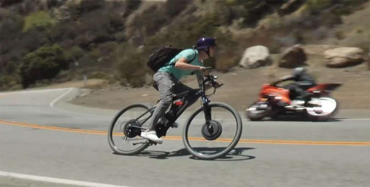 Video: Una bicicleta eléctrica con tracción integral y capaz de rodar a 80 km/h