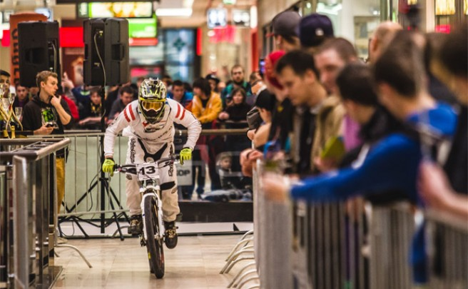 Video: Arkády Downmall 2014, la nueva edición de esta espectacular competición en el interior de una gran centro comercial