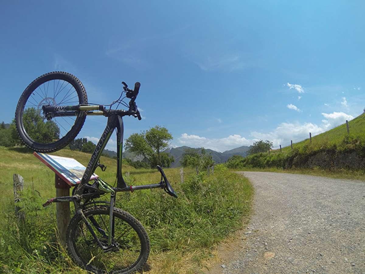 """La foto del día en TodoMountainBike: """"Camino a Covadonga"""""""