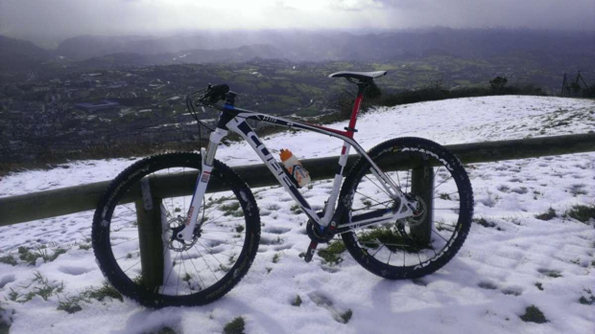 """La foto del día en TodoMountainBike: """"Desde la cima del monte Naranco"""""""