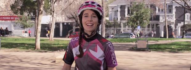 Divertido anuncio publicitario de una empresa de seguros para bicicletas: 42 frases típicas de los ciclistas