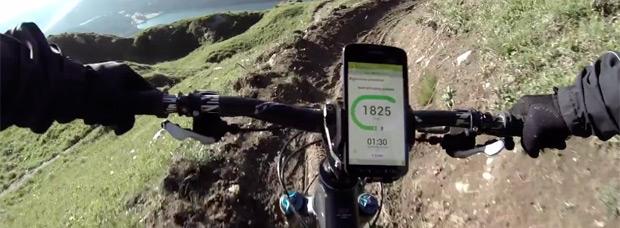 Anuncio promocional del Samsung Galaxy S4 Active, un móvil ideal para deportistas aventureros