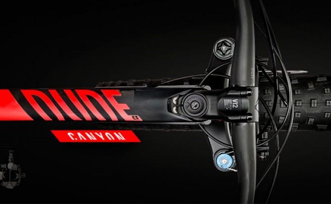 Canyon Dude CF: Ruedas gordas y mucha fibra de carbono para divertirnos en cualquier lugar