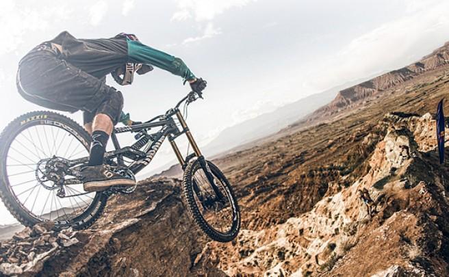 La nueva Canyon Torque DHX de 2015 en acción