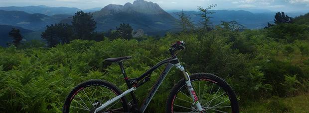La foto del día en TodoMountainBike: 'Vistas desde Amboto'