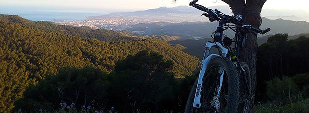 La foto del día en TodoMountainBike: 'Vista de Málaga desde el mirador El Cochino'