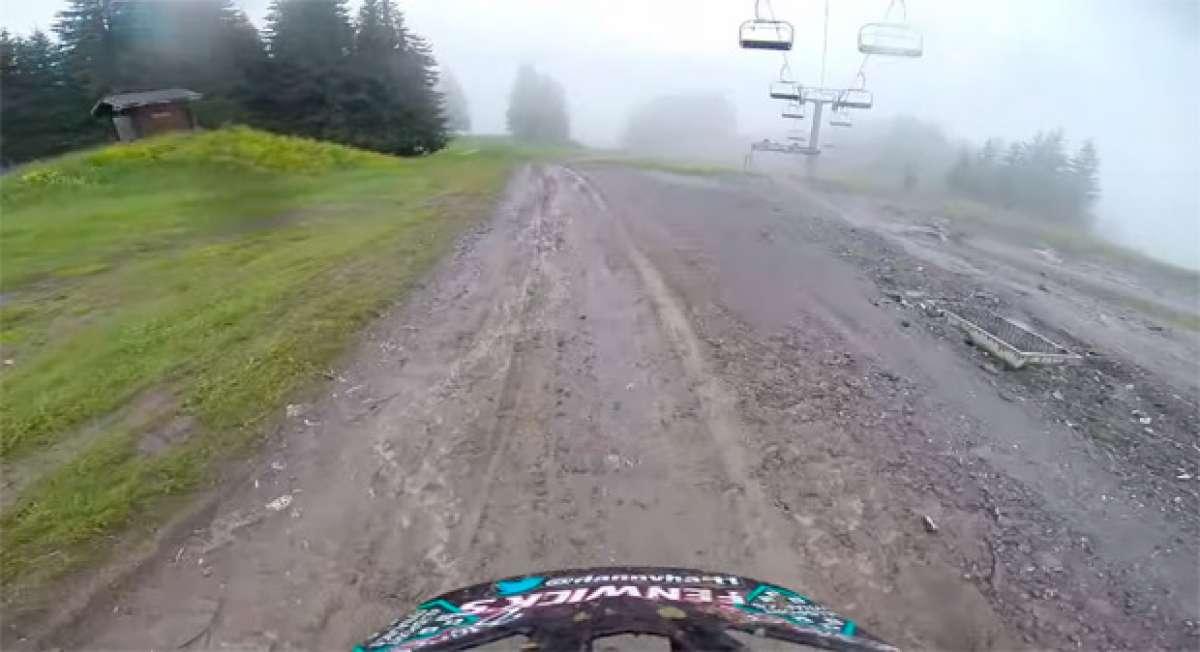 El fantástico descenso de Danny Hart en las pistas de Morzine (Alpes, Francia)