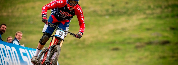 Así fue el descenso (sin cadena) de Neko Mulally en el Campeonato del Mundo de DH