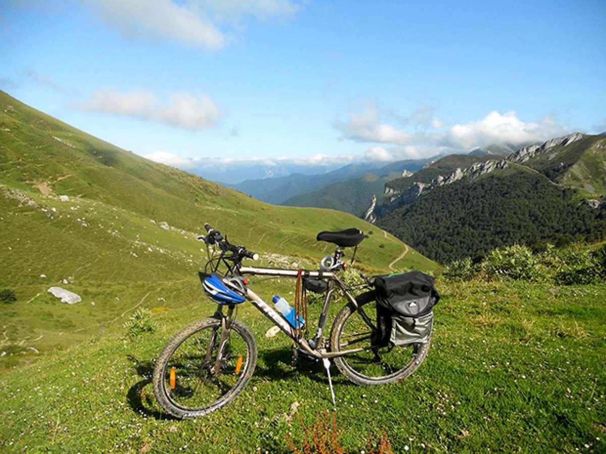La foto del día en TodoMountainBike: 'El Valle de Valdeón (Picos de Europa)'