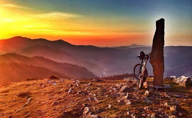 La foto del día en TodoMountainBike: 'Sunset & Bike'