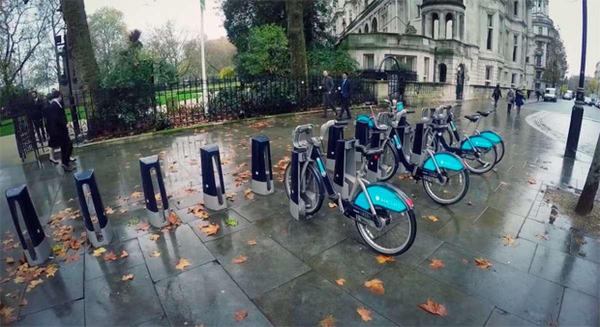 Freeride por las calles de Londres con Sam Pilgrim... y unas cuantas bicicletas de alquiler