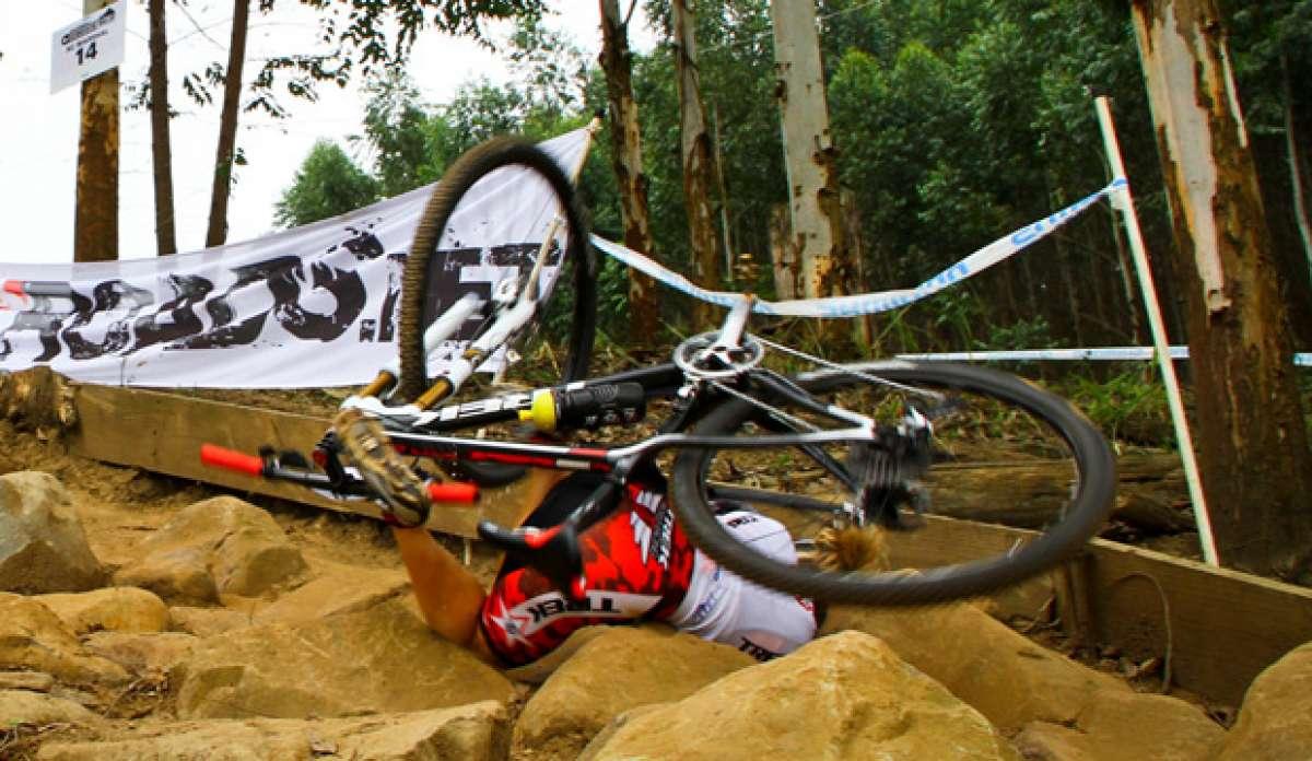 Video: Recopilación de golpes, caídas, tortazos en bicicleta... y más tortazos