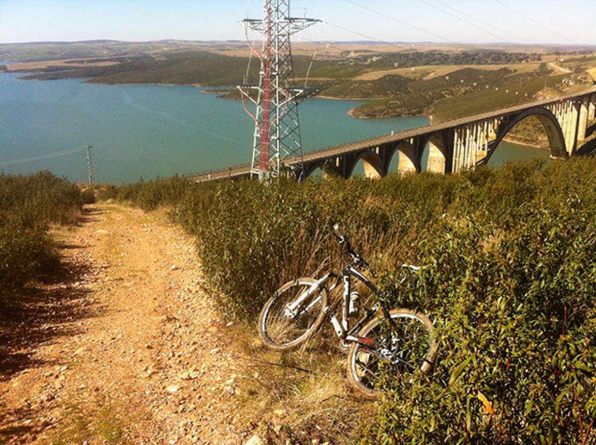 """La foto del día en TodoMountainBike: """"El Viaducto Martín Gil (Zamora)"""""""