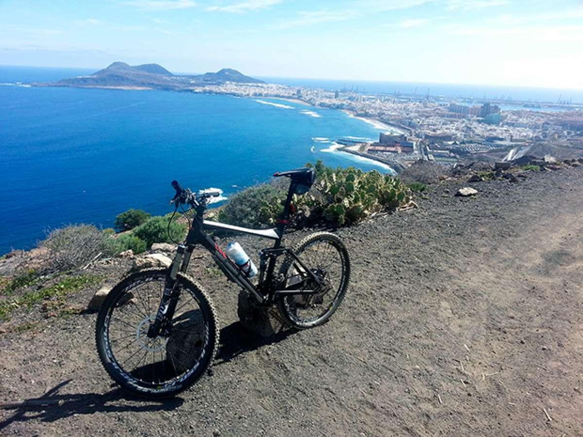 La foto del día en TodoMountainBike: 'La ciudad a mis pies'