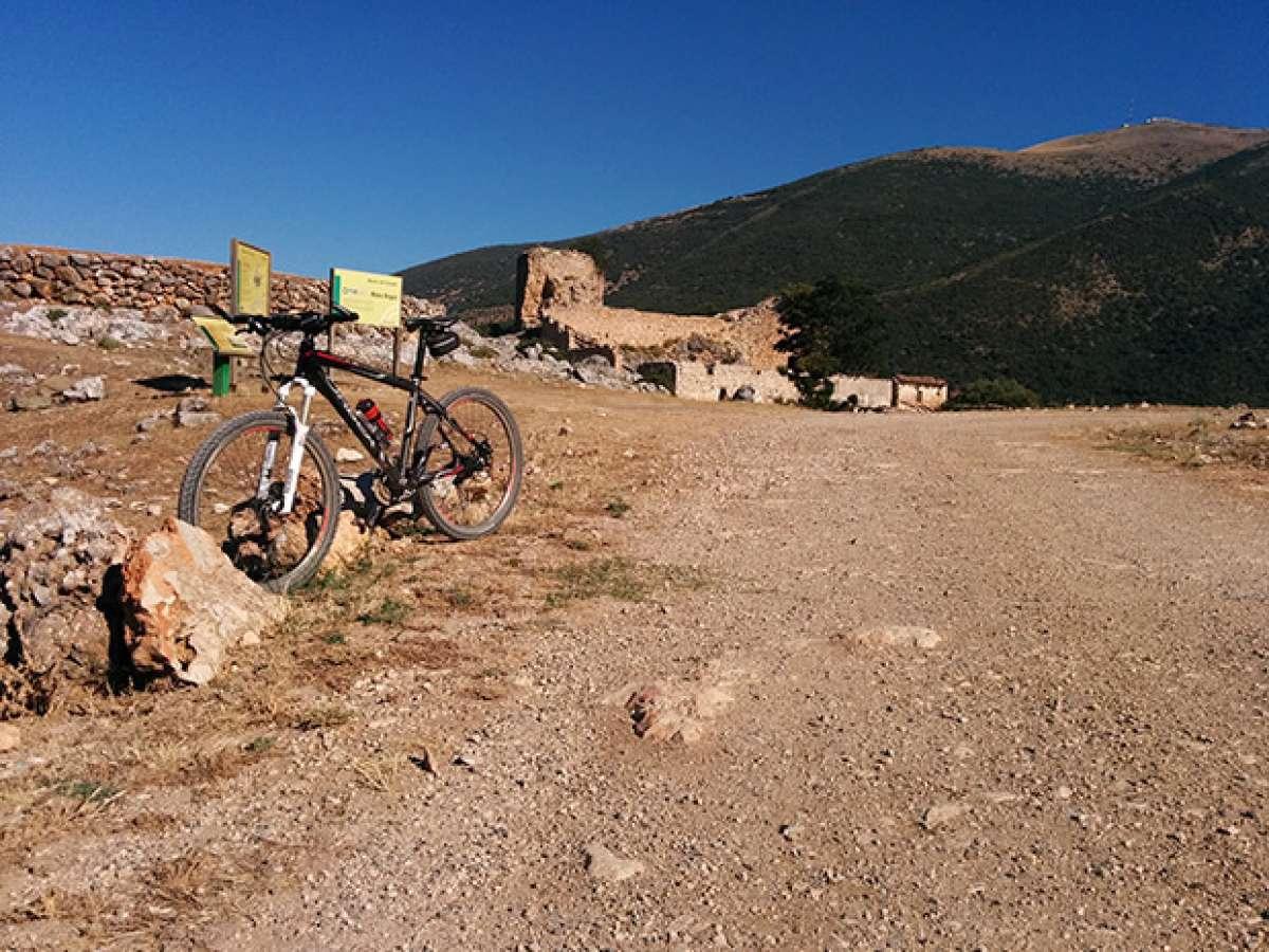 """La foto del día en TodoMountainBike: """"Las ruinas de El Castillejo"""""""