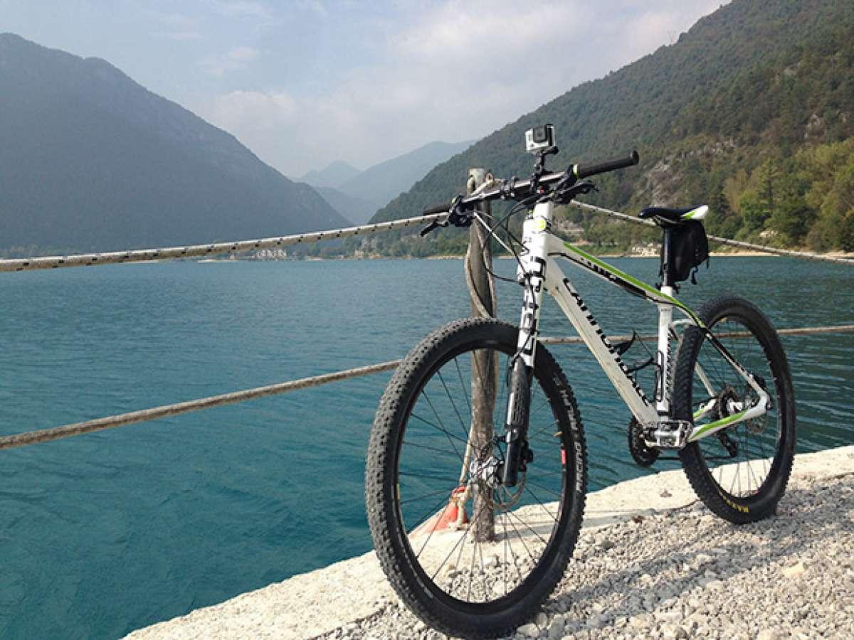"""La foto del día en TodoMountainBike: """"El lago di Ledro (Italia)"""""""