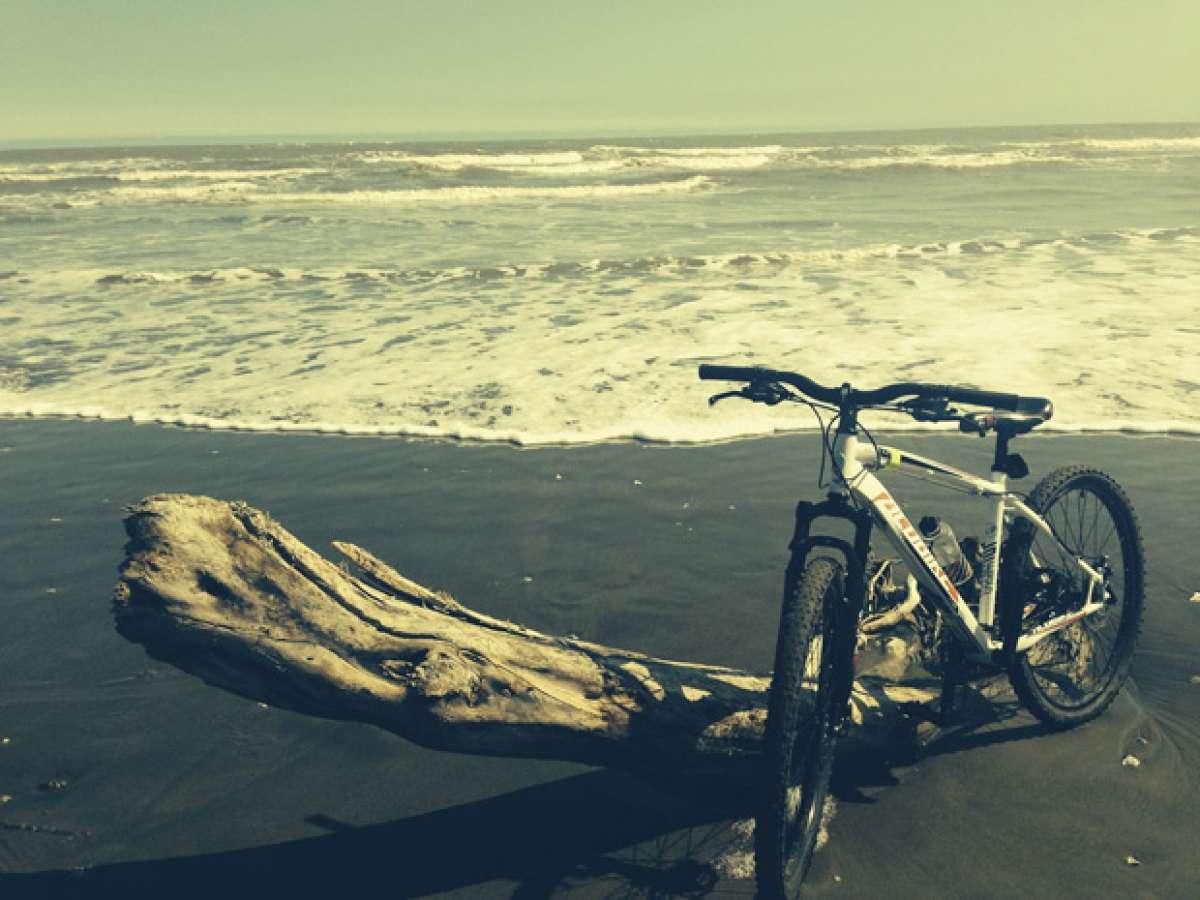 """La foto del día en TodoMountainBike: """"La playa de La Mancha"""""""