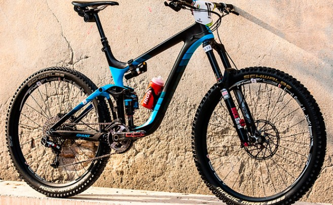 Bicis PRO: La Giant Reign Advanced 27.5 de Yohann Barelli