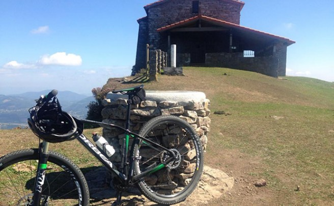 La foto del día en TodoMountainBike: 'Mañana en el monte Kolitza'
