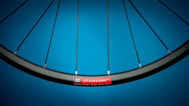 Sorpresa, sorpresa: Nuevas gama de ruedas de carbono y aluminio de Niner para la temporada 2015