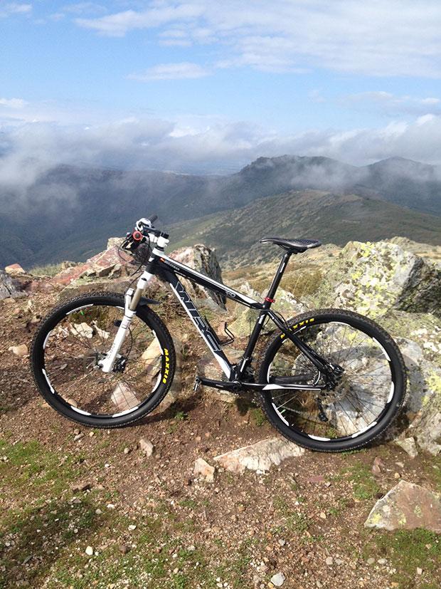 La foto del día en TodoMountainBike: 'WRC en el pico Cervero'