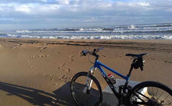 La foto del día en TodoMountainBike: 'Y por fin el mar'