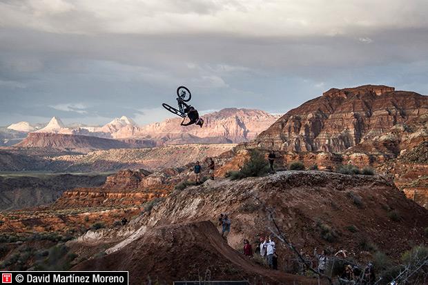 Red Bull Rampage 2014: La competición más 'bestia' sobre bicicletas de montaña