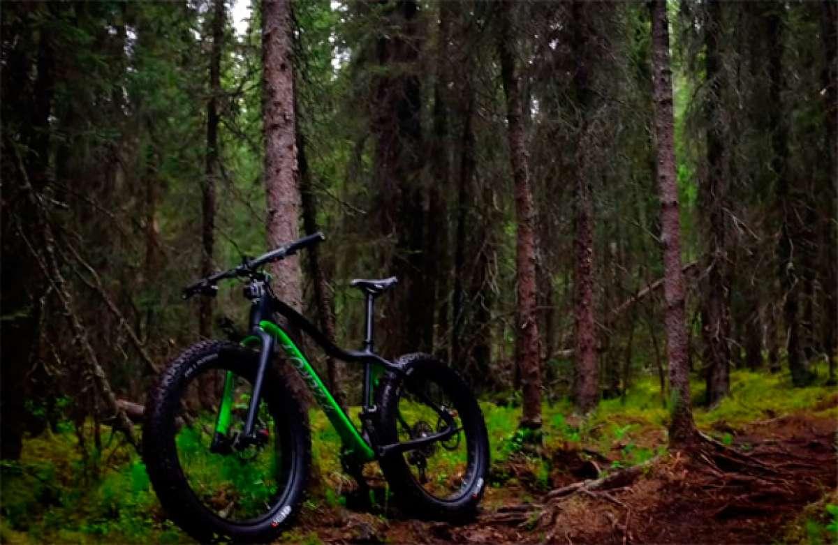 """Rodando en Alaska con una """"Fat Bike"""" de 9:ZERO:7"""