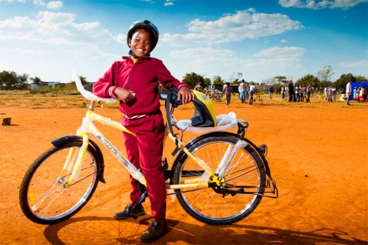 Scicon Qhubeka: Bolsas para sillín que ayudan a mejorar la vida de los niños sudafricanos