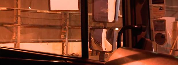 Para ciclistas: ¿Qué pasa cuando un vehículo pesado comienza a girar? El punto ciego de los camiones