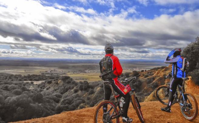 La foto del día en TodoMountainBike: 'Mirando al horizonte'